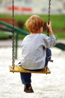 ребенок не общается со сверстниками